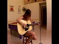 18+ amorous video category anal (1901 sec). Girl plays first gitarre then she get fill cum inside.